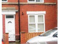 1 bedroom flat in Iona Road, Gateshead, NE10