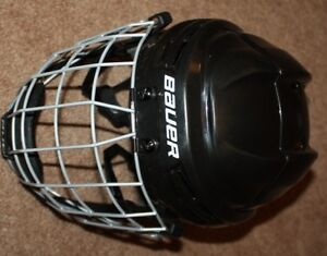 Bauer youth hockey helmet