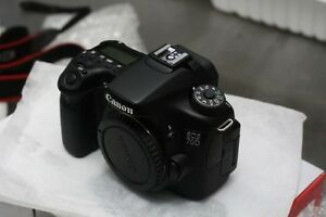 (Mint) Canon EOS 70D body in the box