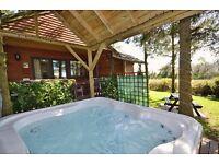 Romantic log cabin retreat. Private hot tub. BBQ sleeps 2 Min 3 nights from £99 per night