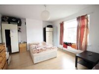Two large rooms for rent in Greenford
