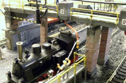 Model trains and layouts - design, fix and build