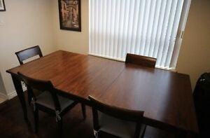 Crate and Barrel TABLE and 4 CHAIRS