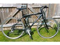 Trek 7.3fx Hybrid Bike Great Commuter/Town Bike