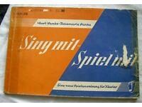 """DDR Heft """"Sing mit-Spiel mit"""" Klavier Kinderlieder, 1972 Mecklenburg-Vorpommern - Bergen auf Rügen Vorschau"""
