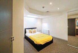 Fantastic Ensuite room including bills Couples welcome