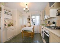 BEAUTIFUL 2 BED FLAT IN SOUTH WOODFORD - IMMEDIATELY AVAILABLE