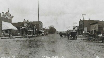 c 1916~Antique~STANWOOD~IA~IOWA~Main Street Scene~Business~RPPC~General (Universal Street Scene)