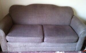 Comfy Brown Loveseat Cambridge Kitchener Area image 1