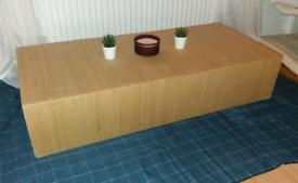 Rattan style coffee table/Storage box