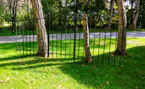 Wrought Iron Gate and 2 Side pieces.