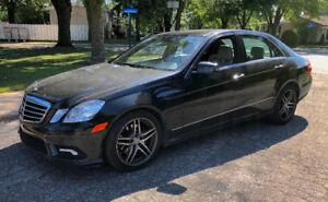 2010 Mercedes E350 4 Matic AMG FULLY LOADED echange accepter !
