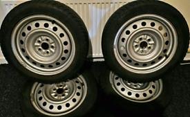 """16""""Steel Wheels TOYOTA Prius II / III / Celica/Avensis+DUNLOP 95/5 R16"""