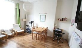 LARGE RAISED GROUND FLOOR FLAT IN VICTORIAN CONVERSION - HOLLOWAY/CAMDEN ROAD