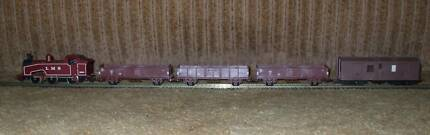 LIMA HO MODEL TRAIN SET WITH LMS J50 0-6-0 STEAM LOCO Warners Bay Lake Macquarie Area Preview