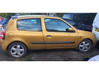 51 PLATE RENAULT CLIO FOR SPARES OR REPAIRS