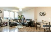 2 bedroom flat in Fortune Green Road, West Hampstead, London, NW6 (2 bed) (#1126320)