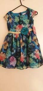 Girl dress size 6 (NEW WITH TAG)