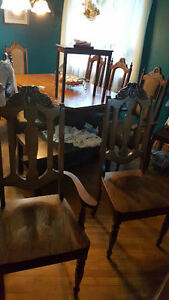 Wodden Dinning Room Table and 8 Chairs Kitchener / Waterloo Kitchener Area image 7