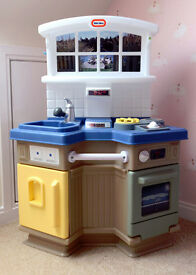 Little Tikes childrens play kitchen and play food selection