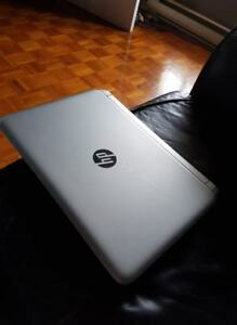 LAPTOP HP PAVILION QUADCORE ( 4 CPUS ) + VIDEO AVEC HDMI + WIFI