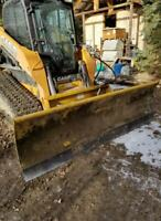 Tracked Skid steer, loader work