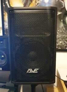 AVE REVO 10DSP inch powered speakers with Stands