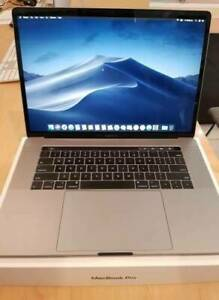 Macbook Pro 2018 15.4 Inches/ 512gb/16gb/i7/Touch Bar @ Phonebot St Kilda Port Phillip Preview