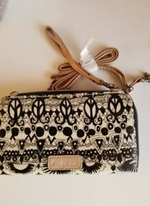 Sakroots Wallet/Wristlet Clutch Purse