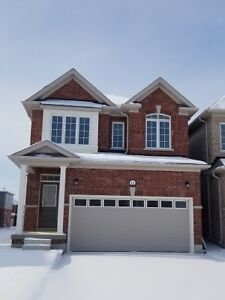 Angus!! BRAND NEW!!!!!!!!! 4bed DETACHED HOME!
