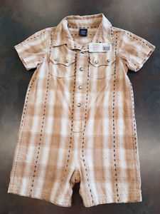 Boys Baby Gap 1 Piece Short Outfit Size 18 Months