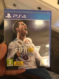Playstation 4 slim+2games fifa 2018 and ufc2!