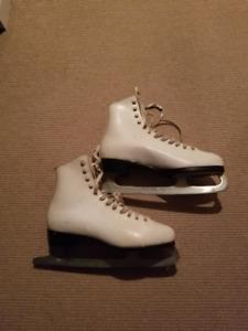 Ladies Size 10 Skates