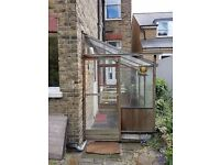 Alton Lean to Wooden Greenhouse: 8' x 5'