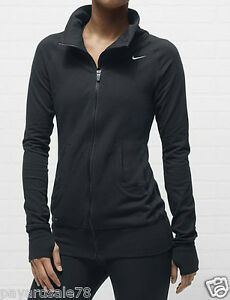 Running Essentials: Learn About Men's Running Jackets. Layer up for race day with performance men's running jackets from DICK'S Sporting Goods. The right running jacket can help you pull together your look for training—providing warmth, protection and visibility along your course. Plus, the latest styles come in a variety of cuts.