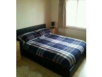 2 bed flat 1300pcm