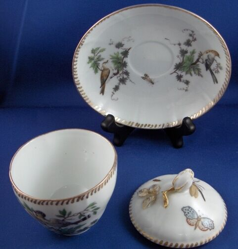 rare 18thc royal copenhagen porcelain bird scene cup saucer porzellan tasse. Black Bedroom Furniture Sets. Home Design Ideas