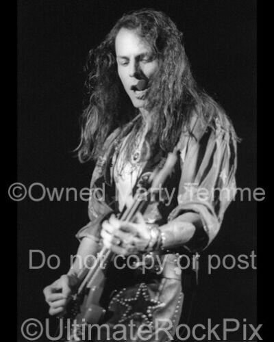 QUEENSRYCHE PHOTO CHRIS DEGARMO 8x10 Concert Photo in 1991 by Marty Temme 1
