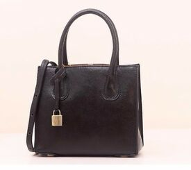 MICHEAL KORS LADIES/ WOMEN/ GIRL HAND/SHOULDER BAG PURSE TOTE BLACK