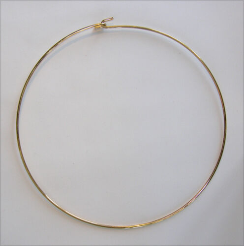 AWESOME  METAL CHOKER NECK WIRE ROUND CIRCULAR GOLD TONE