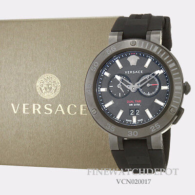 Authentic Men's Versace V-Extreme Rubber Black Dial Watch VCN020017