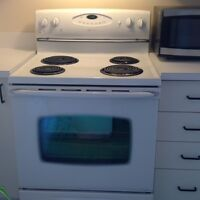 MAYTAG CUISINIERE / RANGE OVEN LIKE NEW!!!!