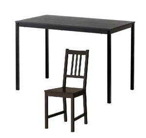 Table et 2 Chaise Ikea et une causeuse inclinable