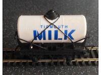 Hornby timouth milk tanker
