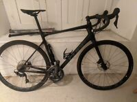 Cube Attain - Carbon - Ultegra - Race Bike - triathlon - road bike - Endurance