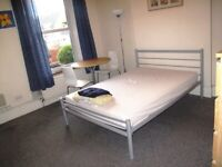 Fantastic Double Room for Rent close to Town Centre - BILLS INCLUDED