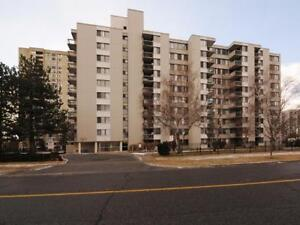 A TORONTO 2 BED CONDO! GREAT PRICE! CALL NOW!