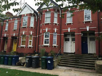 AVAILABLE NOW!! Modern 2 double bedroom flat with garden available on Hillview Gardens, Hendon, NW4