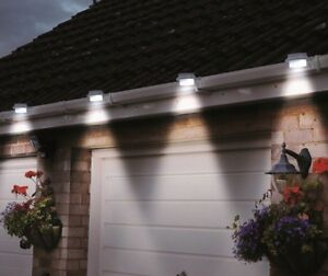 NEW 2016 version Brighter 8X 3-LED Solar Fence Gutter Outdoor Garden Light