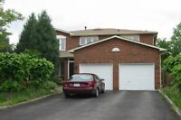 Spacious 2 Story House For Lease,in Richmond Hill 4Br +4 Bathr